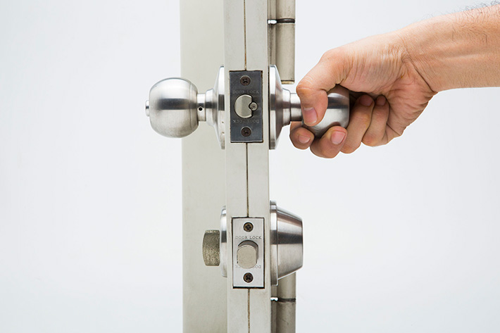 The Importance of a Deadbolt Lock | MI Locksmith Services