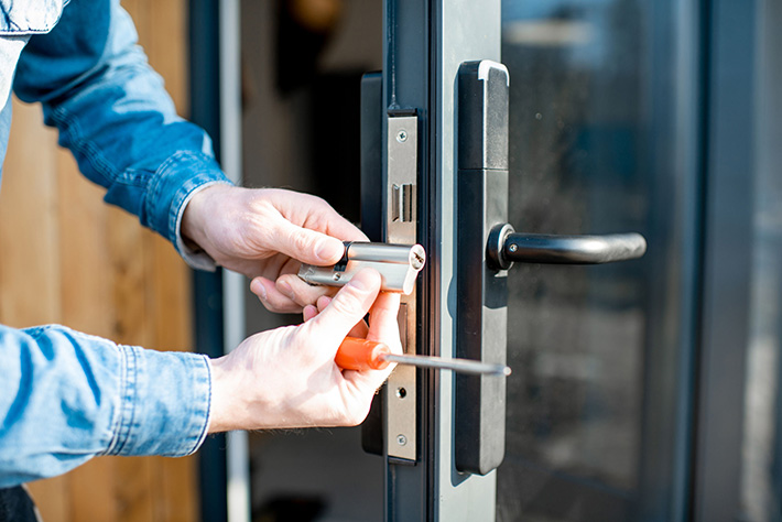 When to Replace vs. Re-Key My Door Locks; MI Locksmith Services