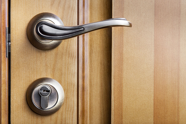 the-importance-of-deadbolt-locks-MI-locksmith-services