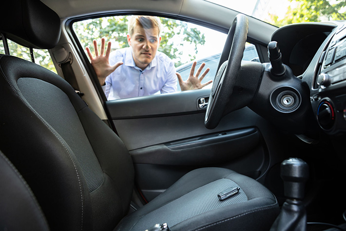 What to Do When You Get Locked Out of Your Car – MI Locksmith