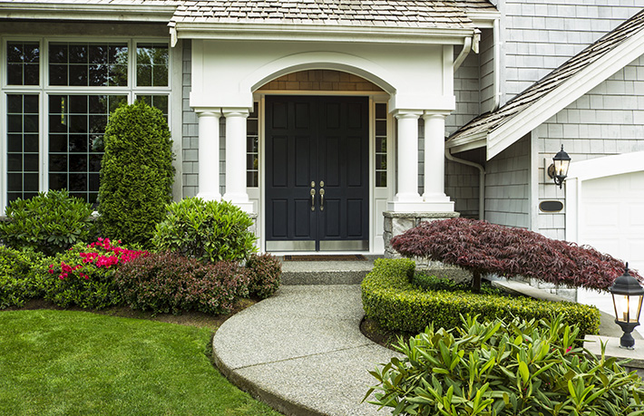 signs-you-need-to-replace-your-entry-door-michigan-locksmith-services